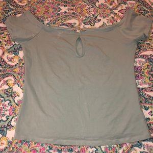 🦋EXPRESS of shoulder shirt 🦋